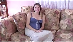 Amateur young lady pounded on casting