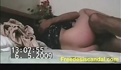 Guy Dildo his wife with his hose