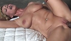 Bigtitted mommy fucked bbc by stranger