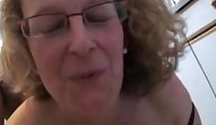 Attractive mature in stocking exposes her lewd narrow slit