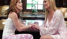 Pretty blonde bombshell Sasha Heart makes her senior lesbian