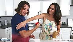 Busty milf F Berlinese Ava Addams gets fucked with ease
